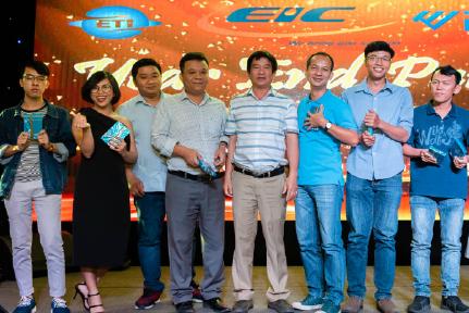 Hình ảnh các nhân viên Công ty Cổ phần Giám Định Năng Lượng Việt Nam (EIC).